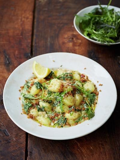 Gnocchi z jarmużem w kremowym sosie fasolowym