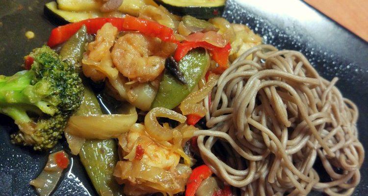 Stir fry krewerki + warzywa w sosie słodki kwaśnym