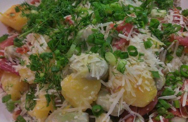 Sałatka bób + szynka dojrzewająca + ziemniaczki