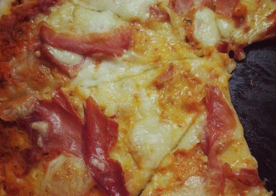 Pizza parma, pizza borowiki