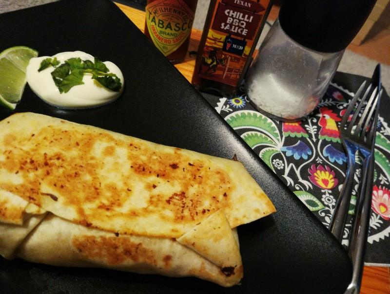 Burrito długo pieczona wieprzowina + duszony ryż