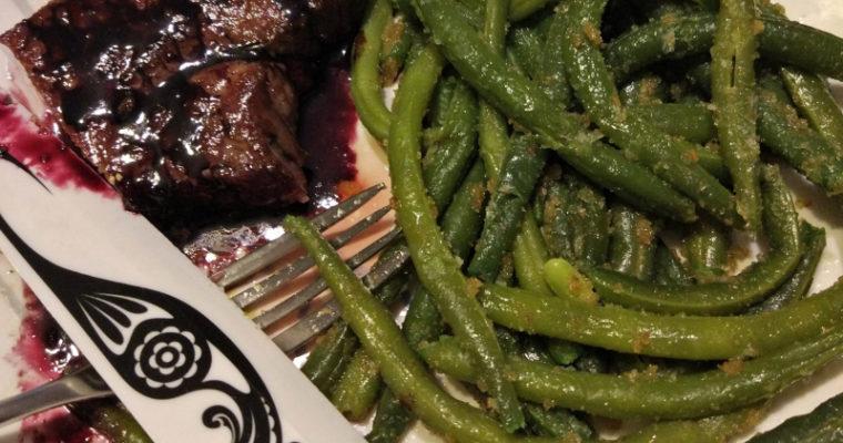 Stek + fasolka szparagowa+ sos z czerwonego wina