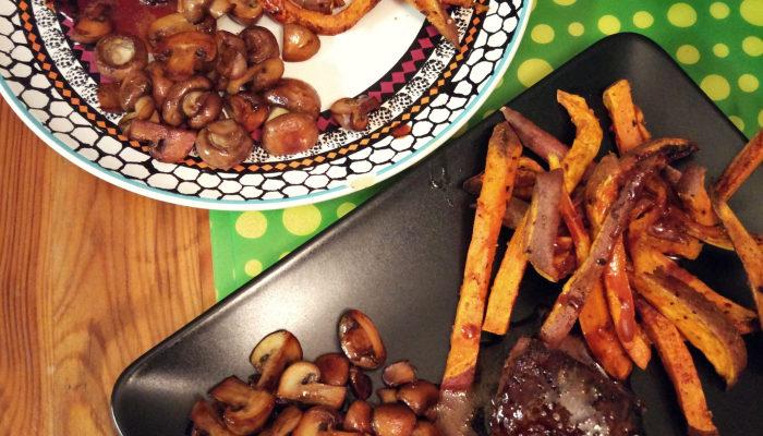 Stek + frytki z batatów + pieczarki