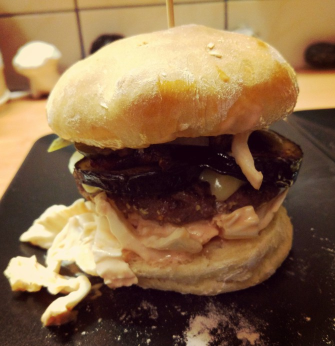Burgery najlepsze na świecie (tylko zdjęcie brzydkie)