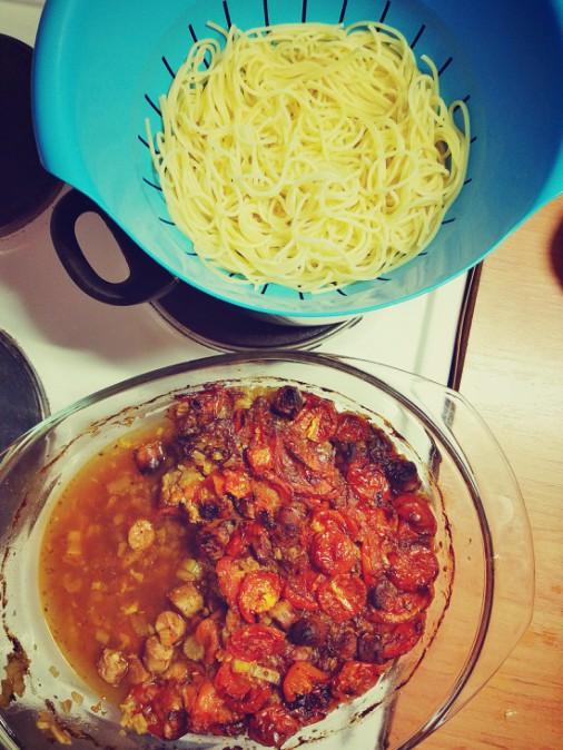 Makaron kiełbaski + pomidory