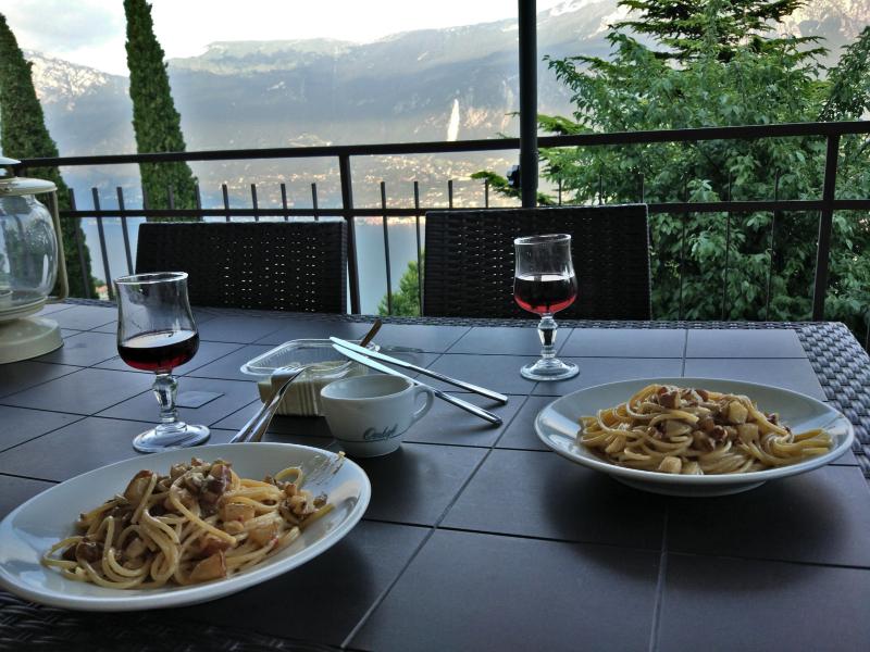 Makaron + karmelizowana gruszka + gorgonzola + orzechy włoskie