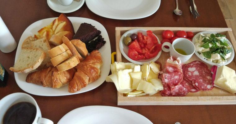 Śniadaniowa rozpusta wakacyjna w Toskanii