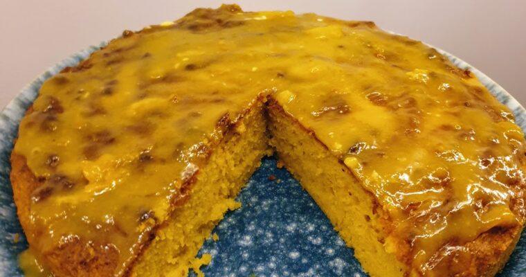 Ciasto dyniowo-mandarynkowe z polewą z białej czekolady